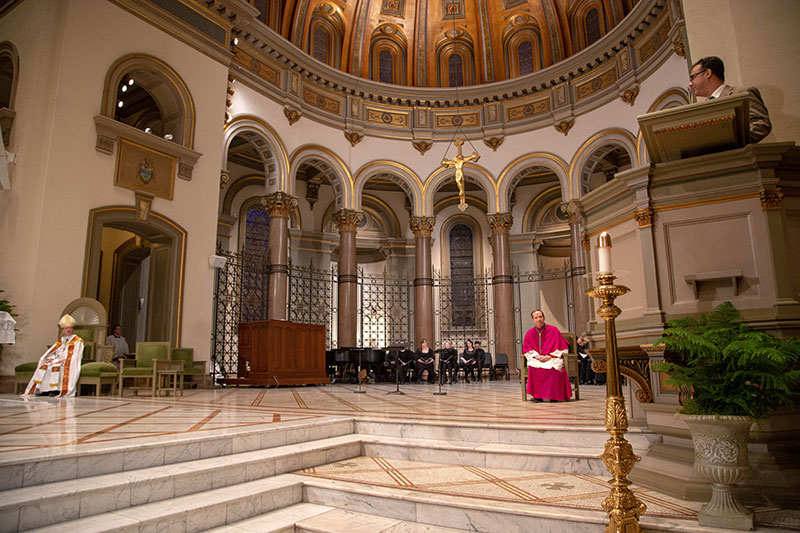 Vespers-altar-with-Bishops-and-Jeff-2019
